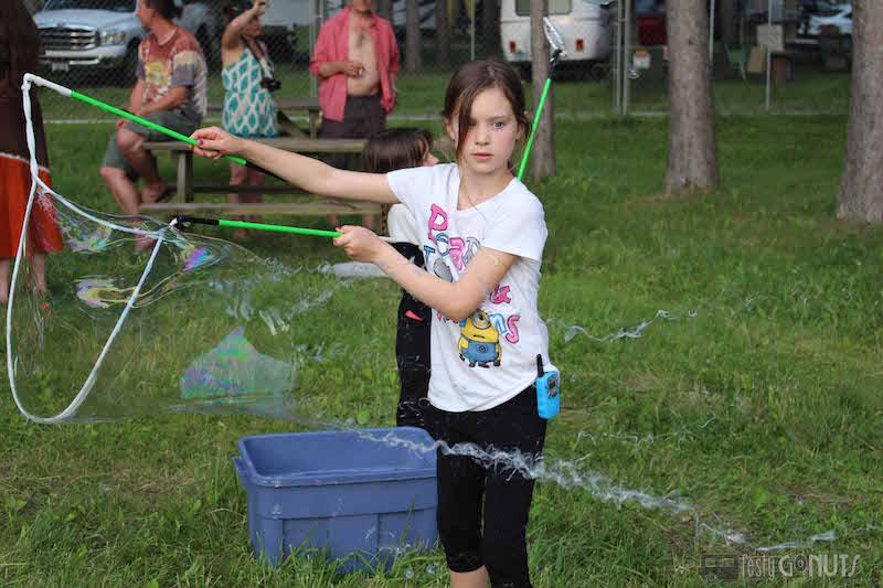Blue Ox: Making Bubbles