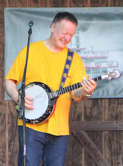 Danny Barnes will be at Strings and Sol 2016