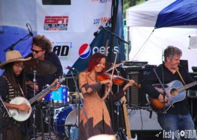 Targhee-Bluegrass-Festival-Rhiannon-Giddens-Fiddle