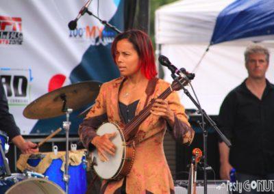 Targhee-Bluegrass-Festival-Rhiannon-Giddens-Banjo